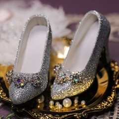 1/3 Girl vintage jeweled silver glitter high heel court